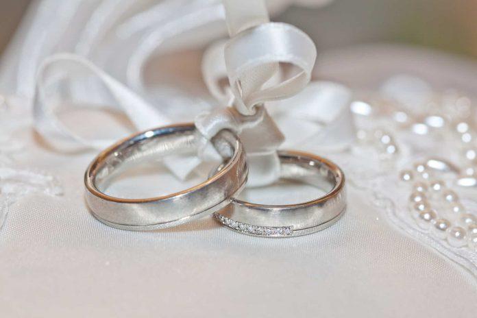 טבעת נישואים כשרה